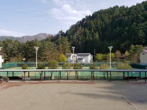 三つ峠グリーンセンター_テニス場